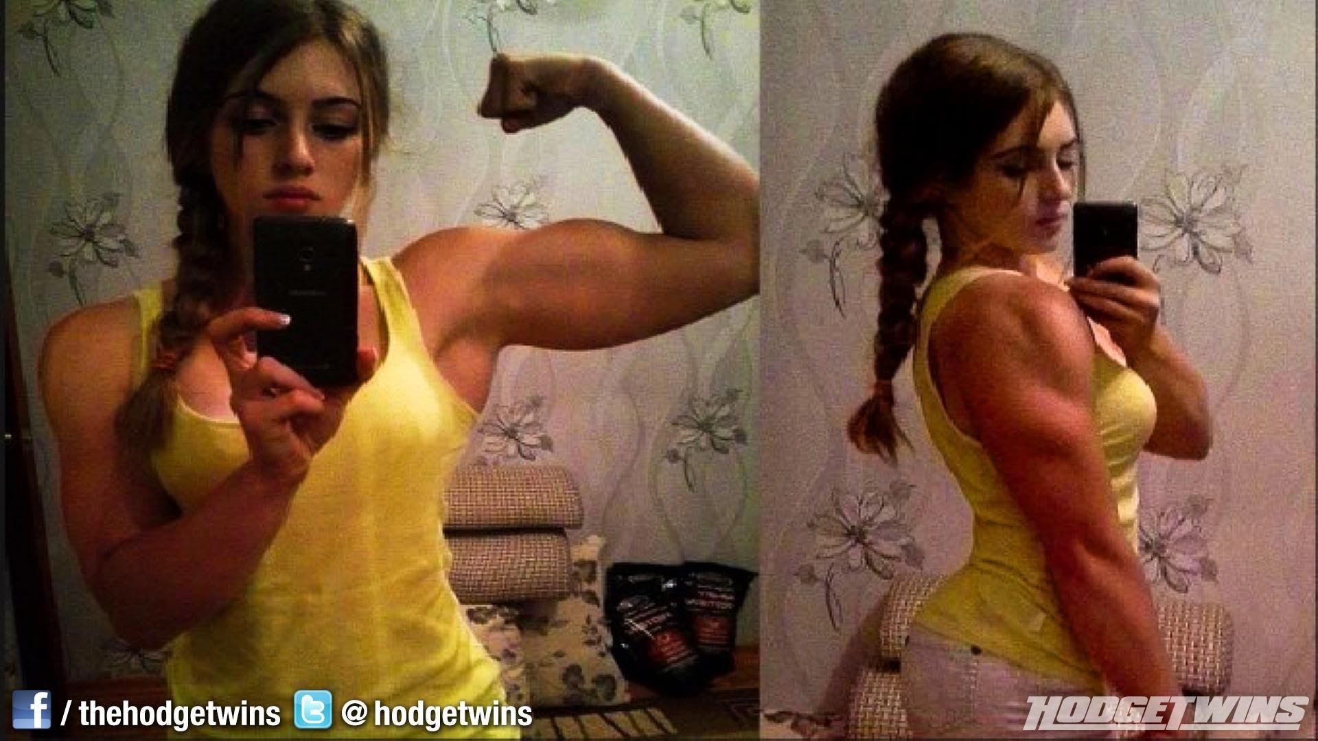 Смотреть онлайн мужик с толстым членом трахает девочку 15 фотография