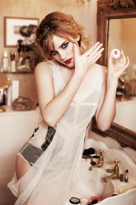 This post reminded me of Emma Watson, mmmmmmmm Emma